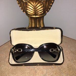 COACH Accessories - COACH SUNGLASSES WITH LOGO ON EACH STEM IN GOLD.